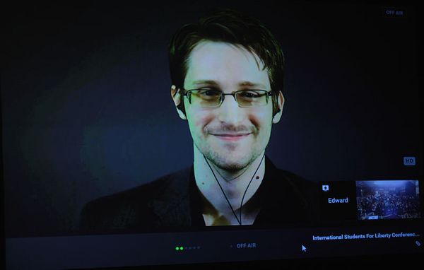 "Legal Tech Books (S01 E04): Edward Snowden, ""Errore di sistema"""